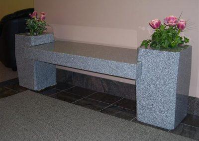 flower_vase_bench_memorial