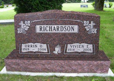 richardson_monument