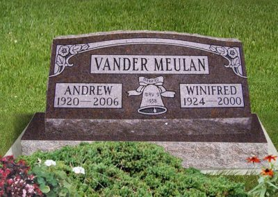vander_meulan_slant_on_base_headstone